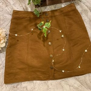 Old Navy Suede Skirt (M)